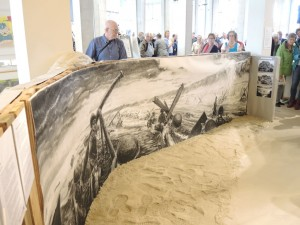 Een van de hoogtepunten van de tentoonstelling is een mooie houtskooltekening van kunstenaar Benjamin Koops